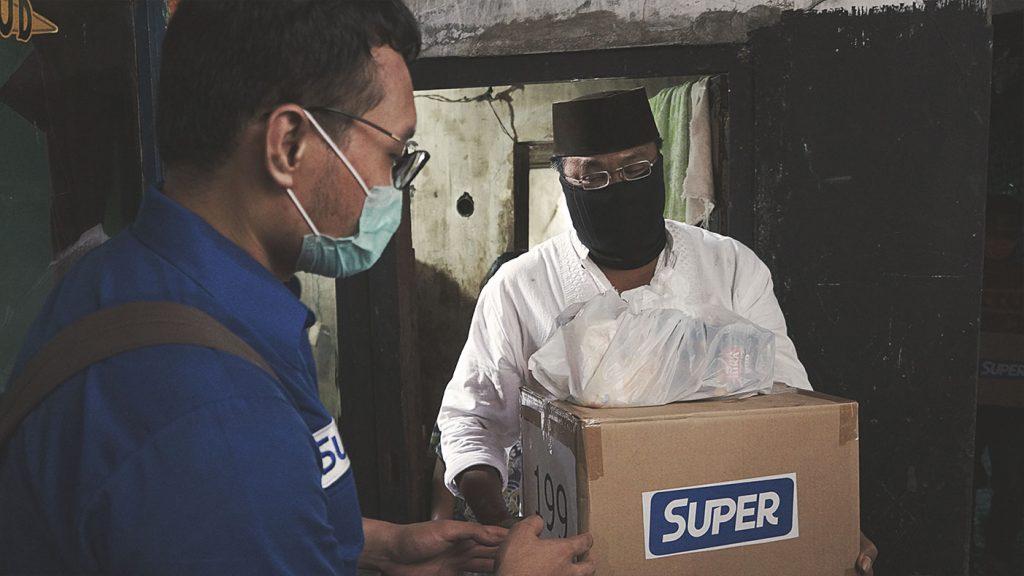 Paket yang Berisi Sembako Sering Digunakan Sebagai Bentuk Donasi