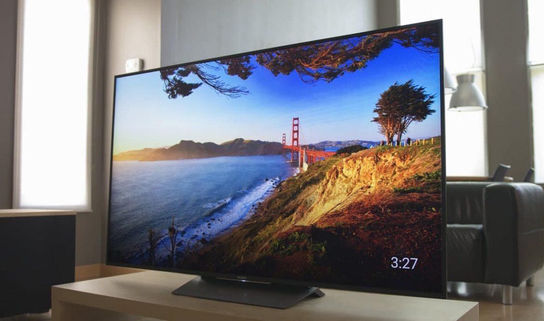 Menggunakan TV dan Monitor LED