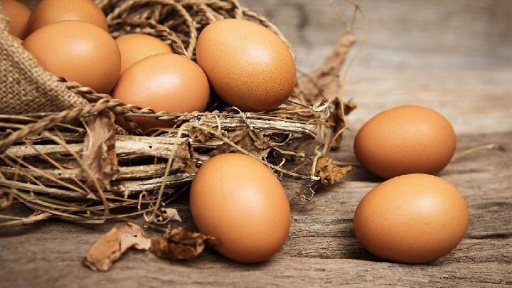 2.       Mie Instan dan Telur