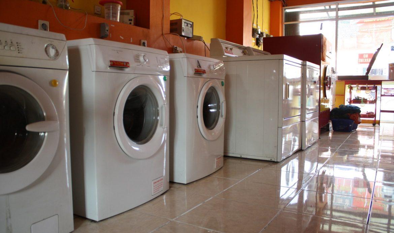 6.       Usaha Laundry