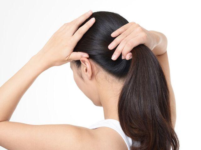 8.   Jangan Terlalu Kuat Mengikat Rambut