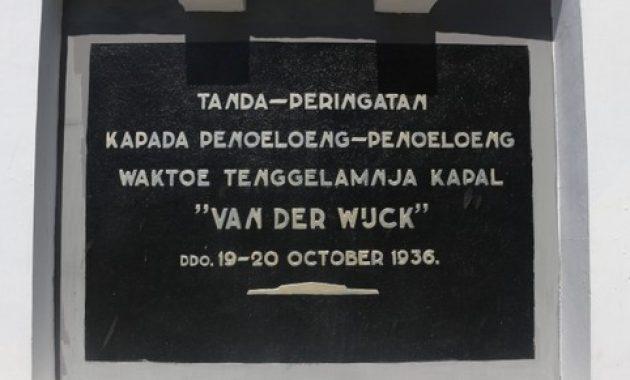 9.       Monumen Van der Wijck