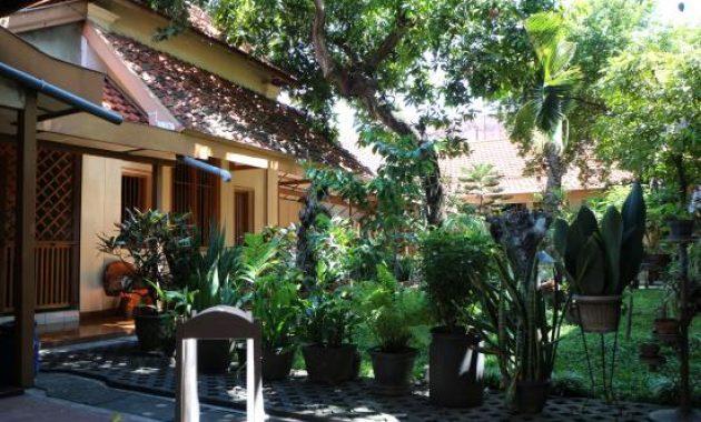 1.   Hotel Paviljoen
