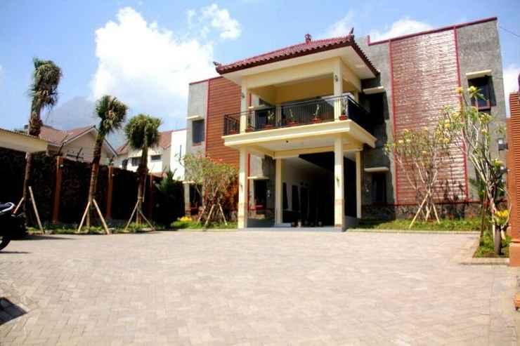 11.   Baliku Guest House Batu