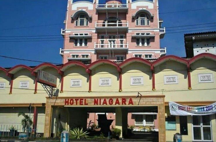 14.   Hotel Niagara Malang
