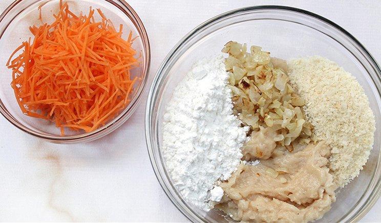 3.   Membuat Adonan Nugget Ayam Sayur