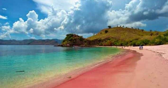 3.   Miliki Warna Pantai yang Berbeda