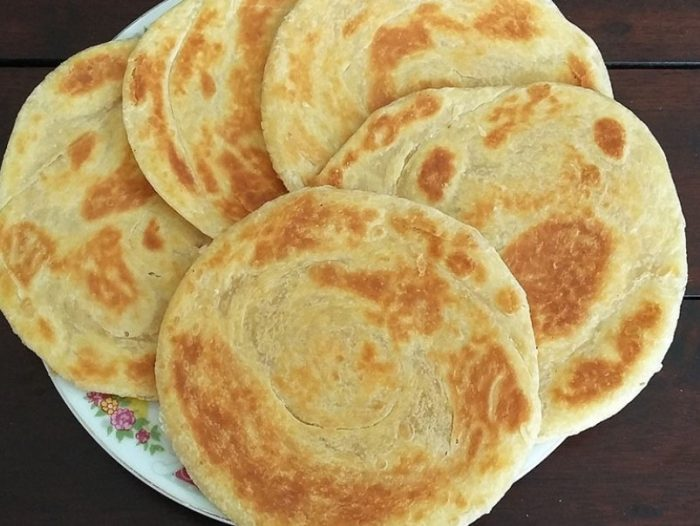 3.   Roti Maryam Enak