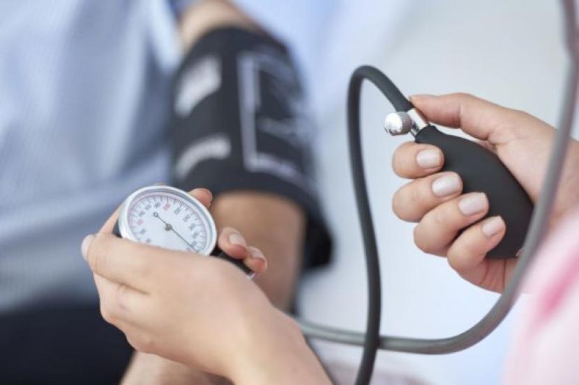 6.   Mengontrol Tekanan Darah