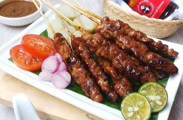 6.   Sate Ayam