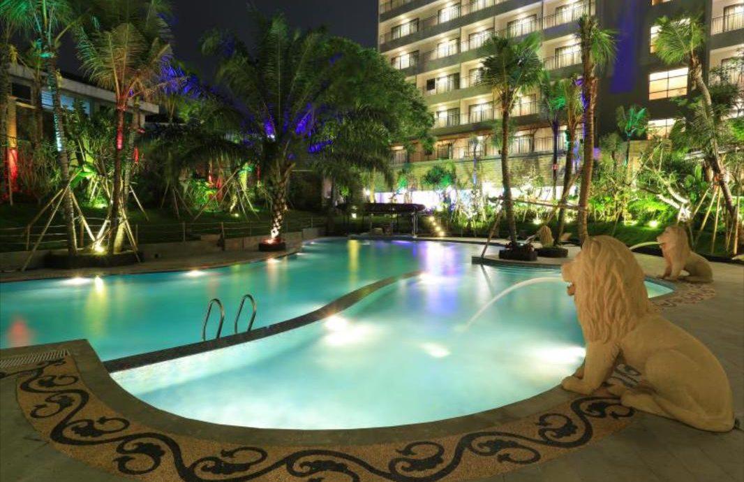 7.   Ijen Suites Resort & Convention