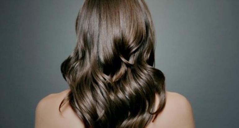 8.   Perhatikan Nutrisi untuk Rambut