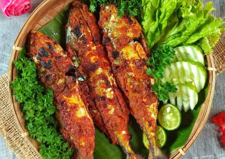 1. Ikan Bakar Padang