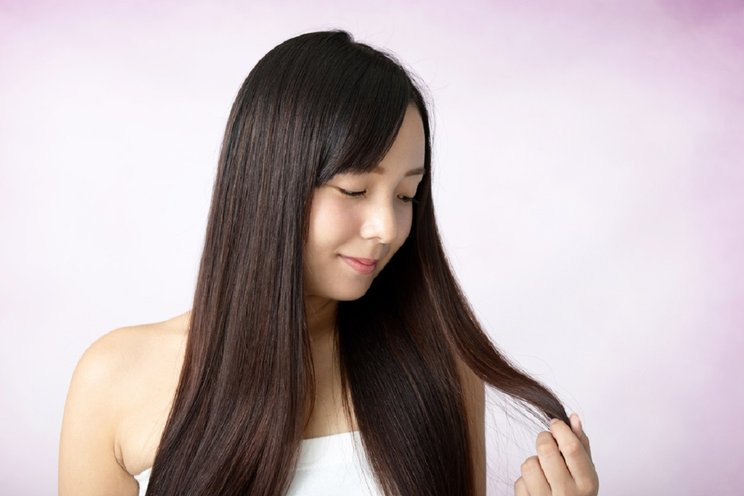14.   Menyehatkan Rambut