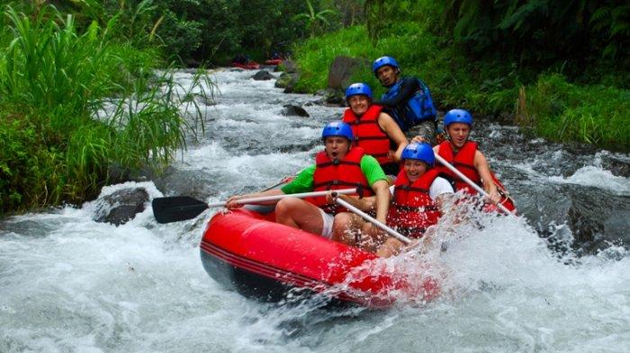14.   Kaliwatu Rafting