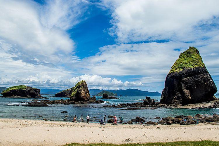 2.   Lokasi Pantai