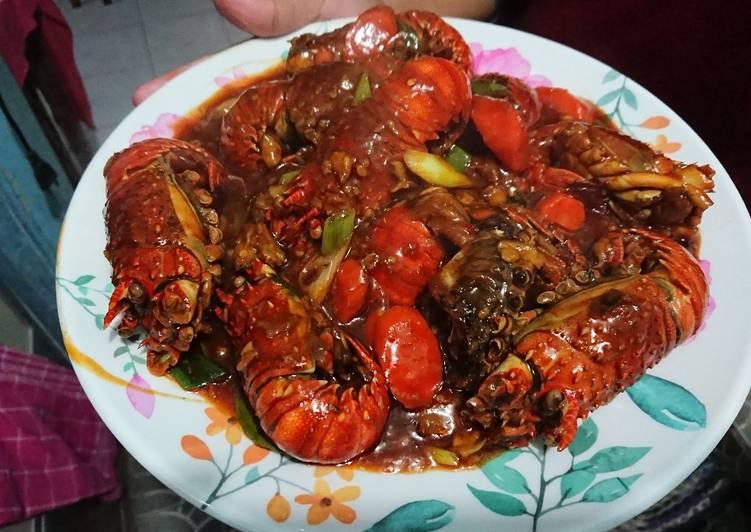 4. Masak Lobster Saus Tiram