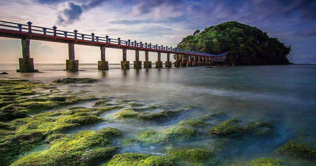 38.   Pantai Jembatan Panjang