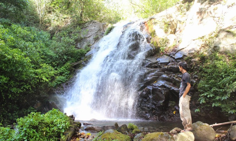 5. Air Terjun Gumandar