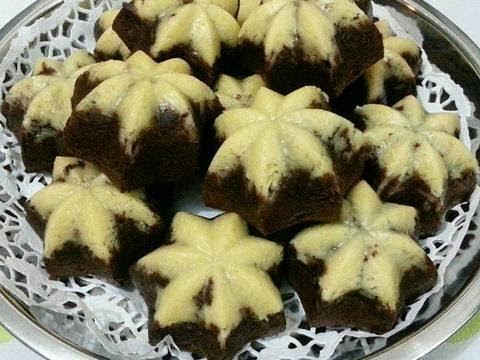 6.   Kue Putu Ayu Coklat