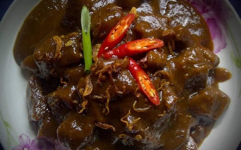6. Semur Daging Palembang