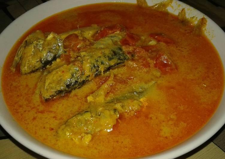 9.   Gulai Ikan Kembung