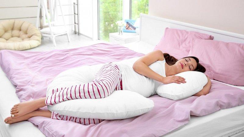 5. Posisi Tidur Masa Hamil 7-9 Bulan