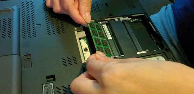 13. Mengganti Memori HDD Menjadi SSD