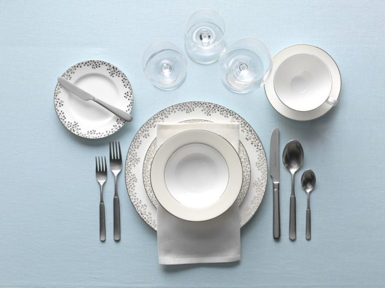 11. Peralatan Makan