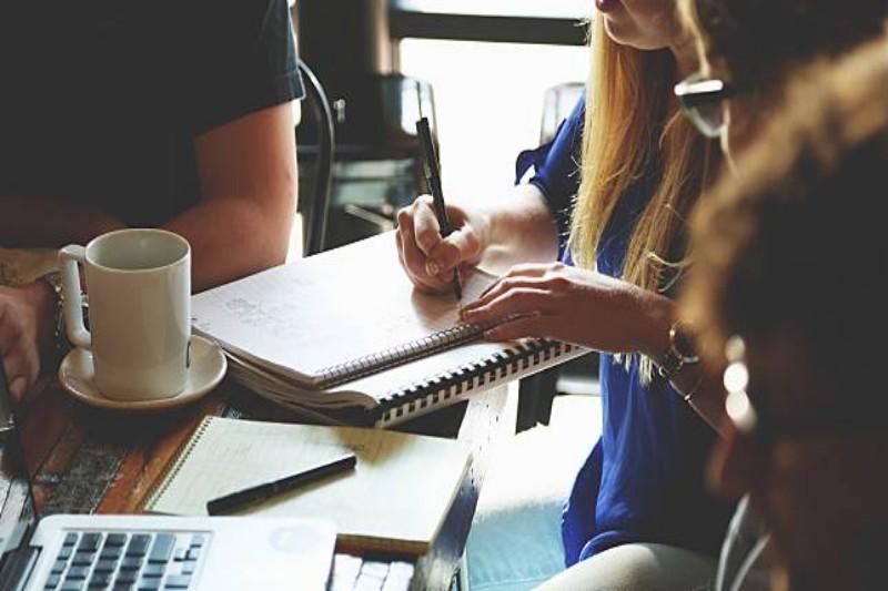 6. Hemat Pengeluaran Untuk Beberapa Aktivitas