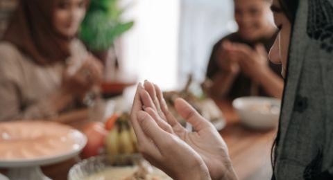 7. Bulan Ramadhan Bagian dari Rukun Islam