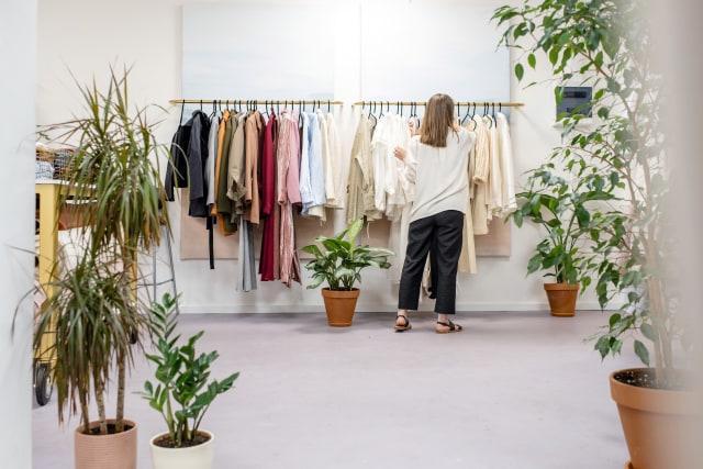 9. Bisnis di Bidang Fashion
