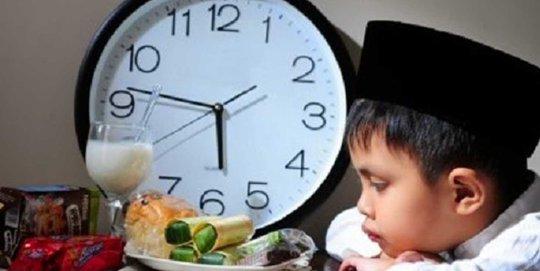 9. Puasa Bulan Ramadhan Senilai Puasa Selama 10 Bulan