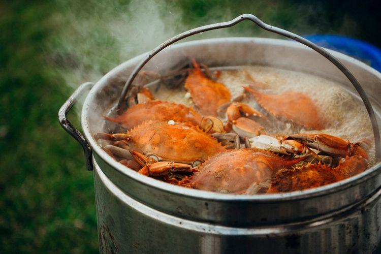 1. Rebus dan Kukus Kepiting