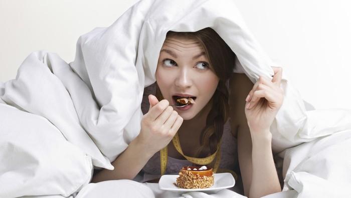 20. Hindari Makan Menjelang Tidur