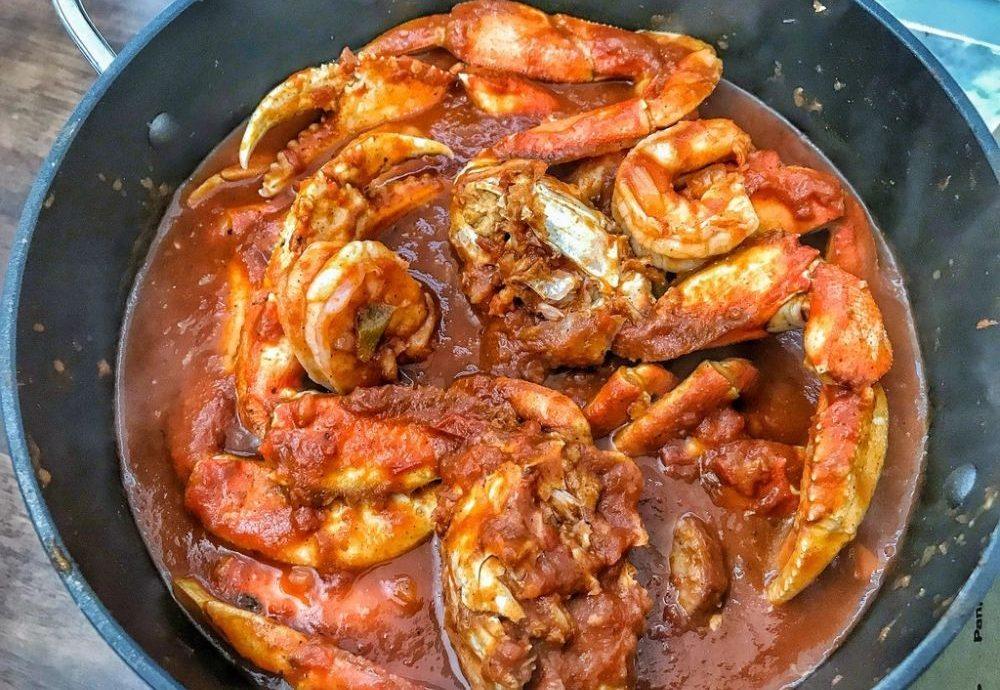 4. Campurkan Kepiting dengan Saus Asam Manis